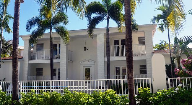 Tara A North Beach Village Resort Hotel - フォート・ローダーデール - 建物