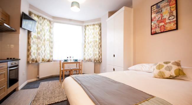 United Lodge Hotel & Apartments - ロンドン - 寝室