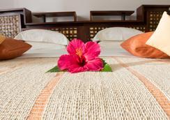 Ravintsara Wellness Hotel - Nosy Be - 寝室