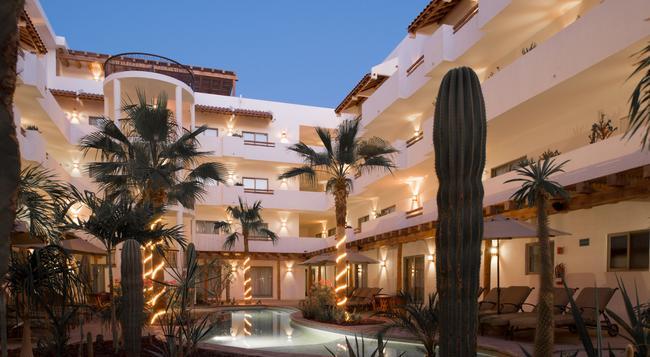 Hotel Santa Fe Loreto by Villa Group - Loreto (Baja California Sur) - 建物