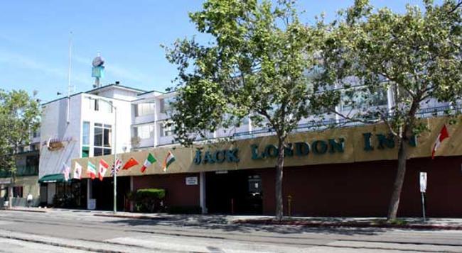 ジャック ロンドン イン - オークランド - 建物