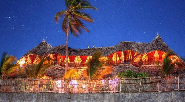 マママパンボ ブティック ホテル - Jambiani - 建物