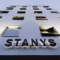 スタニス ホテル & アパートメンツ Hotel Front