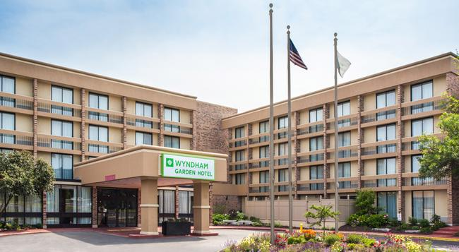 Wyndham Garden Schaumburg Chicago Northwest - シャンバーグ - 建物