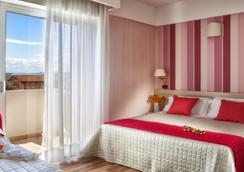 Hotel Villa Bianca - リミニ - 寝室