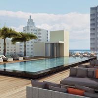 ゲイル サウス ビーチ Pool Deck