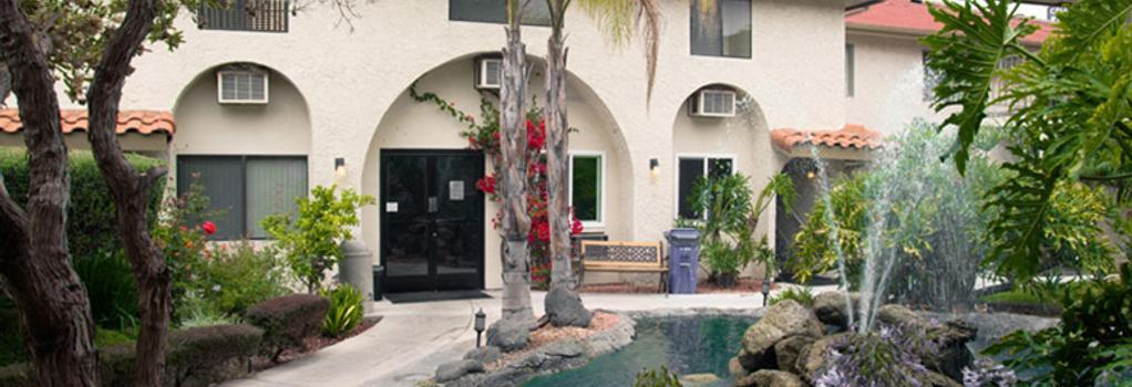 カリフォルニア スイーツ ホテル - サンディエゴ - 建物