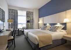 オテル ヌエボ ボストン - マドリード - 寝室