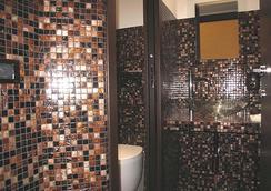 マリアーノ - ローマ - 浴室