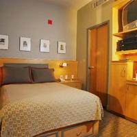 チャールズマーク ホテル Guestroom