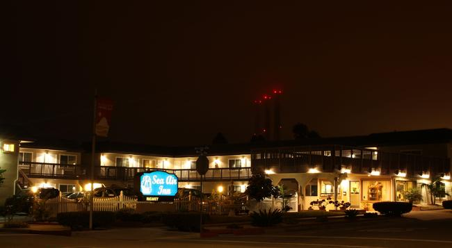 Sea Air Inn - Downtown Morro Bay - モロ・ベイ - 建物