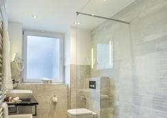 ホテル アン デア メッセ - フランクフルト - 浴室