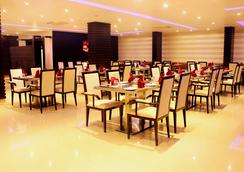 Rio The Hotel - バンガロール - レストラン
