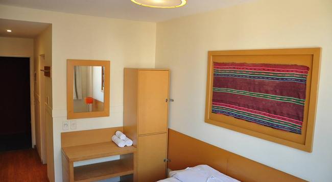 サーカス ホテル & ホステル - ブエノスアイレス - 寝室