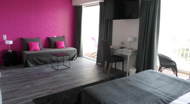 オテル ベルビュー - キブロン - 寝室
