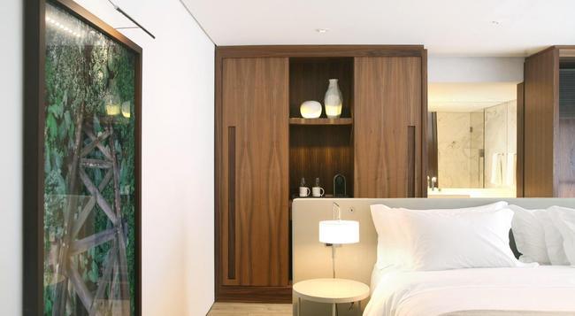 Nomaa Hotel - クリティーバ - 寝室