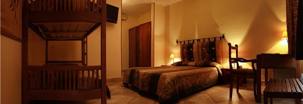 オテル レストラン ココ ロッジ マジュンガ - Majunga - 寝室