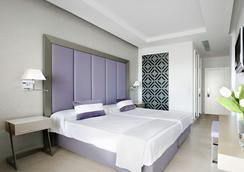 トレ デル マル - イビサ - 寝室