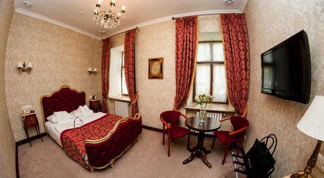 Saint Feder Hotel - リヴィウ - 寝室