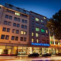 フレミングス ホテル ウィーン-ウエストバーンホフ Hotel Front - Evening/Night