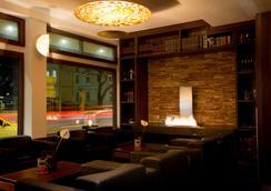 フレミングス デラックス ホテル フランクフルト マイン リバーサイド - フランクフルト - ロビー