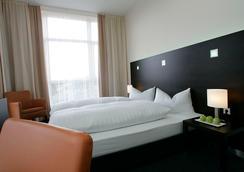 フレミングス ホテル フランクフルト アン デア ノイエン ベルゼ - フランクフルト - 寝室