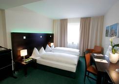 フレミングス ホテルフランクフルトハンブルガー アリー - フランクフルト - 寝室