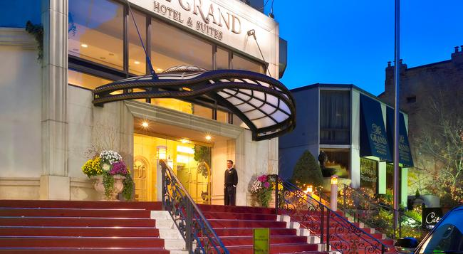 グランド ホテル & スイーツ - トロント - 建物