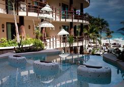 El Taj Oceanfront And Beachside Condo Hotel - プラヤ・デル・カルメン - プール
