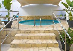 Hotel Playasol Lei Ibiza - イビサ - プール