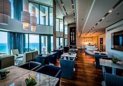ロイヤル ビーチ ホテル テル アビブ バイ イスロテル エクスクルーシブ コレクション - テル・アビブ - ラウンジ