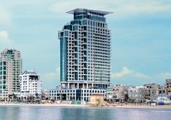 ロイヤル ビーチ ホテル テル アビブ バイ イスロテル エクスクルーシブ コレクション - テル・アビブ - 建物