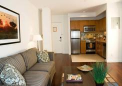 Oakwood 6th Avenue - ニューヨーク - リビングルーム