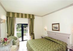 マンチーニ パーク ホテル - ローマ - 寝室