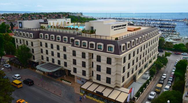 ウィンダム グランド イスタンブール カラムシュ マリーナ ホテル - イスタンブール - 建物
