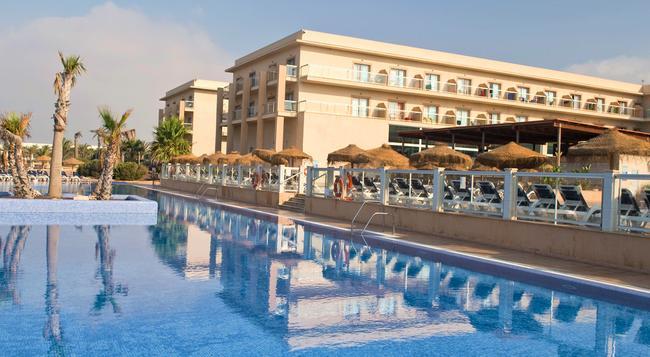Cabogata Mar Garden Hotel & Spa - アルメリア - 建物