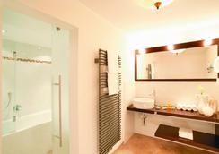リビング&スパ ヴィタルホテル エーデルワイス - Neustift im Stubaital - 浴室