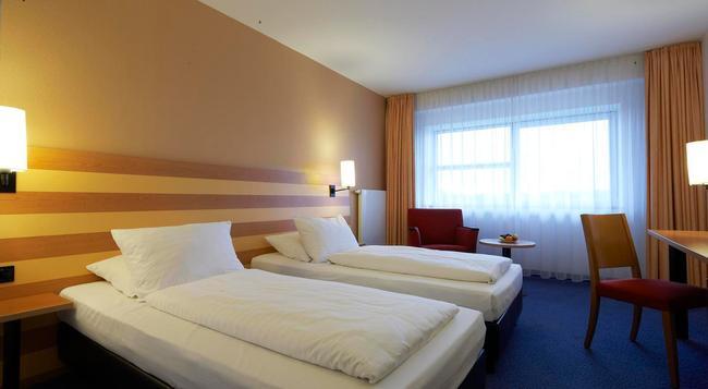 インターシティホテル フランクフルト エアポート - フランクフルト - 寝室