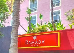 ラマダ プラザ ウェスト ハリウッド ホテル & スイーツ