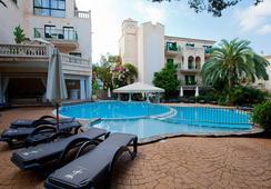 ラゴ ガーデン アパート-スイーツ&スパ ホテル - Cala Ratjada - プール
