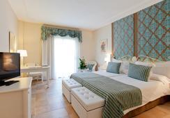 ラゴ ガーデン アパート-スイーツ&スパ ホテル - Cala Ratjada - 寝室