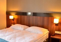 アパートホテル ネプチューン - グダニスク - 寝室