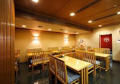 大阪新阪急ホテル - 大阪市 - レストラン