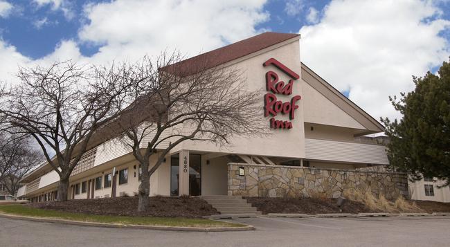 Red Roof Inn Madison,WI - マディソン - 建物