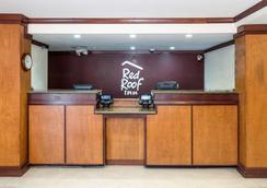 Red Roof Inn Cedar Rapids - Cedar Rapids - ロビー