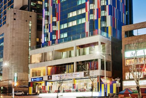 インペリアル パレス ブティック ホテル イテウォン - ソウル - 建物
