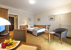 ホテル ヴァルムバーダーホフ - フィラハ - 寝室