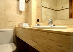 ホスタル アリアズ - パンプローナ - 浴室