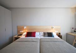 ホテル アベニーダ - パンプローナ - 寝室