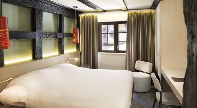 ル コロンビエ - コルマール - 寝室